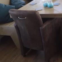Eettafel, hoekbank, bijzettafels van steigerhout